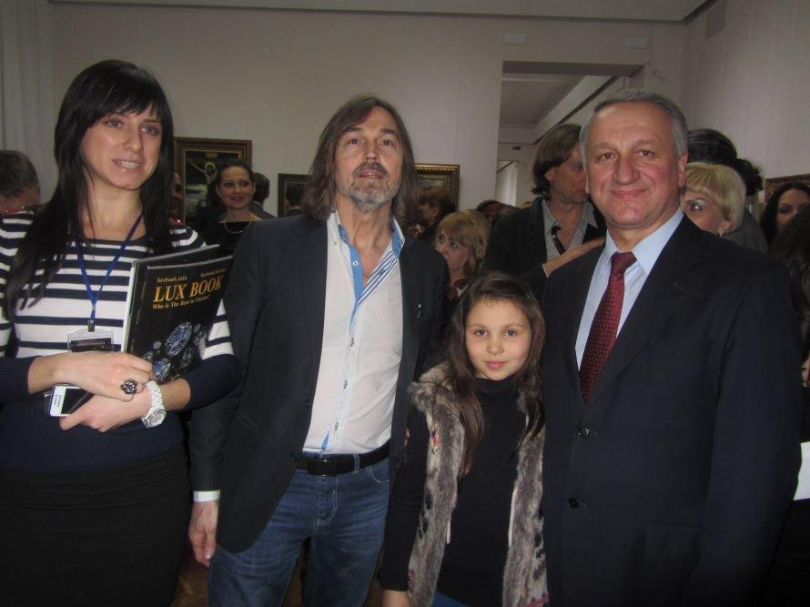 VIP-персоны пожаловали на открытие выставки Никаса Сафронова в Днепропетровске (ФОТОРЕПОРТАЖ), фото-8