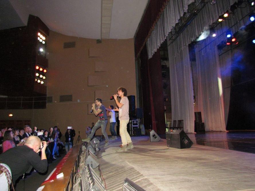 «Х фактор» в Мариуполе «взорвал» сцену дворца Металлургов (ФОТО), фото-17
