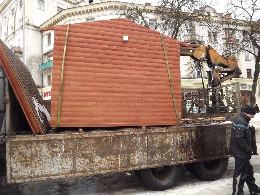 ДТП у центрі Тернополя, зірвана сесія облради, таргани у квартирі пенсіонерки – головні події Тернопільщини за тиждень у фото та відео, фото-18