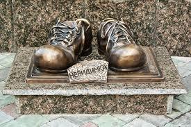 Взуттєвий пам'ятник Тернополя має побратимів в інших містах  України (фото), фото-1