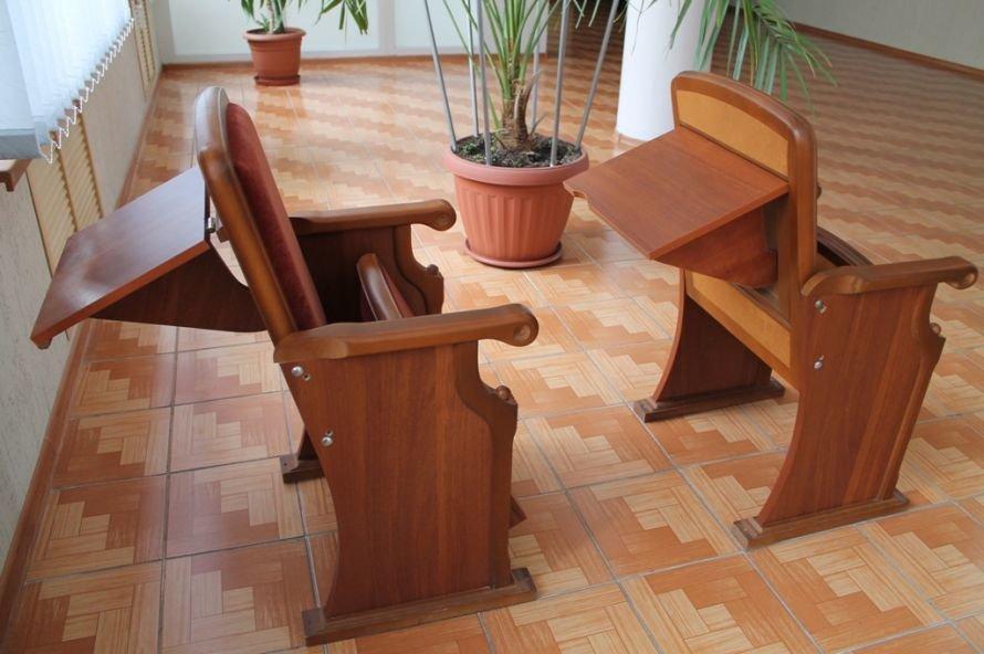В горсовете присматривают новые стулья (ФОТОФАКТ), фото-1