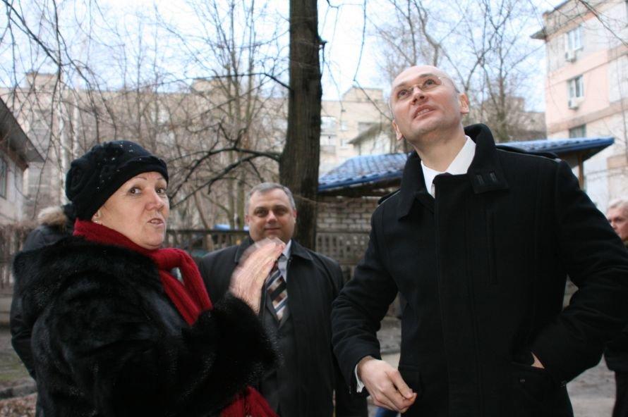 Глава облсовета проверил, как днепропетровцы утепляют свои дома, фото-2