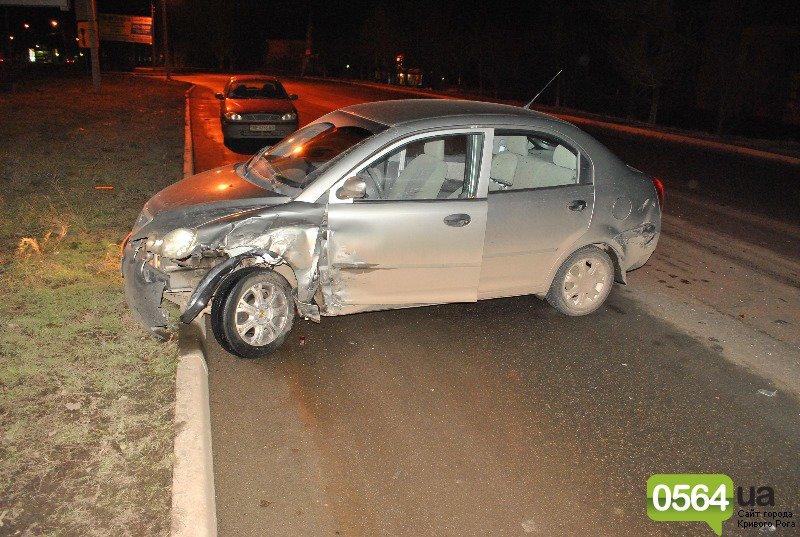 В Кривом Роге в аварию попала семья с двумя детьми (ФОТО), фото-1