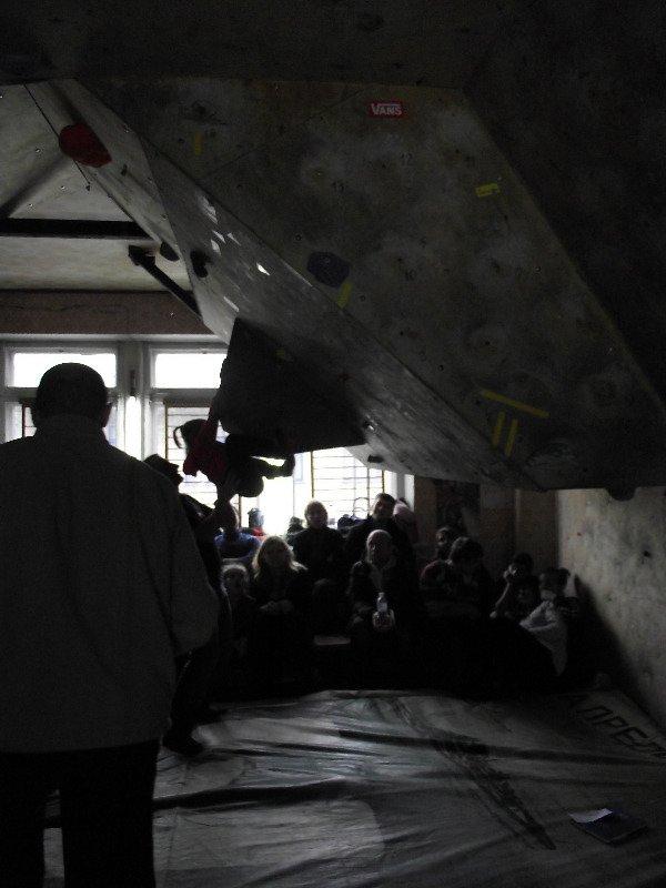 Горловский Центр туризма борется за здоровье нации скалолазанием (фото) - фото 4