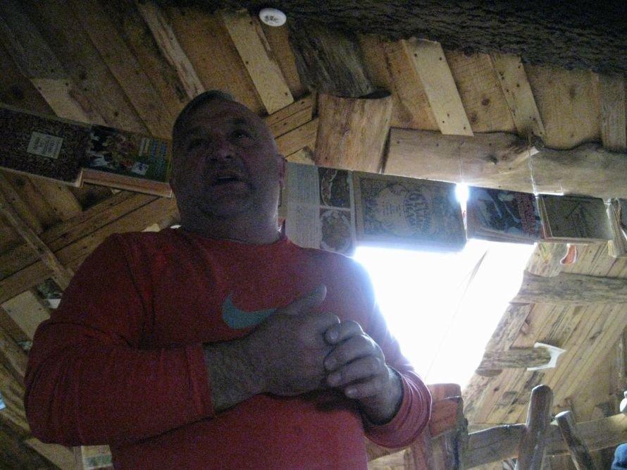 """В тернопільському """"Ковчезі"""" письменники з усієї України пили пиво та читали свої вірші (фото), фото-1"""