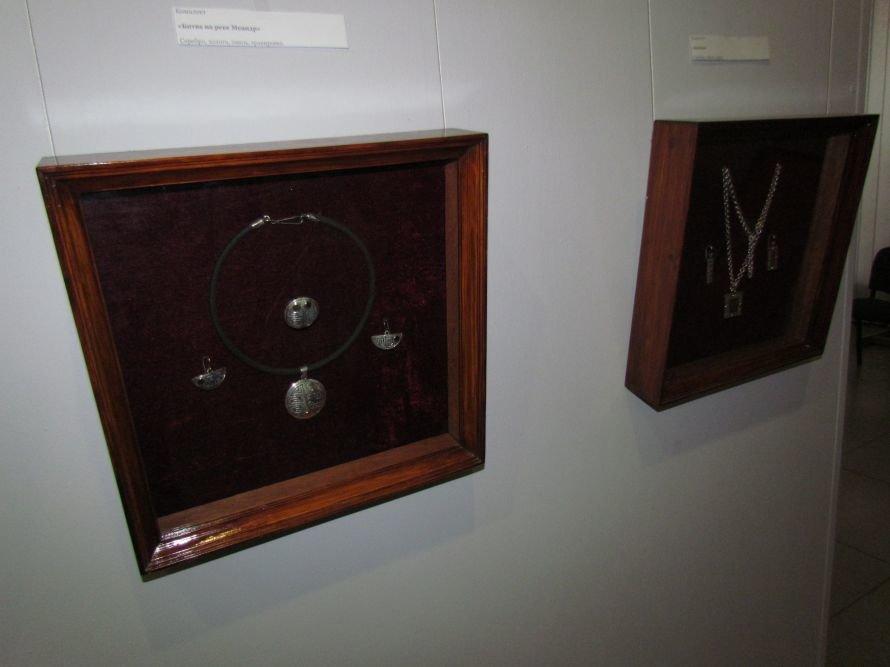 В Мариуполе открылась выставка интеллектуальных украшений (ФОТО), фото-6