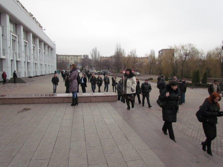 Под маркой Ильича: в Мариуполе отметили 116-летие ММКИ (ФОТО), фото-1