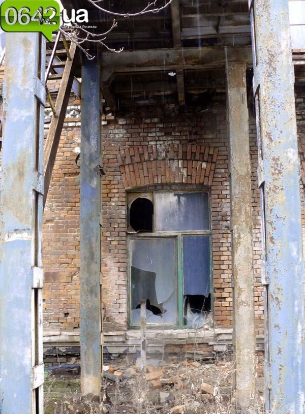 В Луганске на руинах бывшего казенного завода можно снимать мистические фильмы (ФОТО), фото-5
