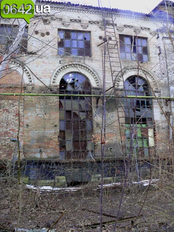 В Луганске на руинах бывшего казенного завода можно снимать мистические фильмы (ФОТО), фото-7