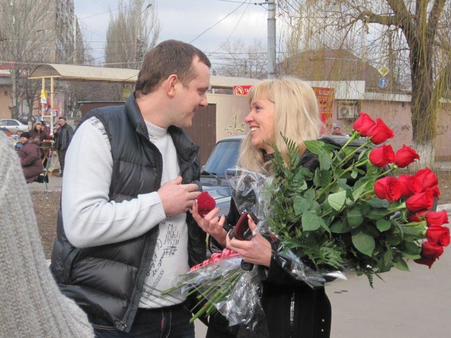 Чудеса Святого Валентина в Мариуполе: от угона авто до предложения руки и сердца ( ФОТО), фото-6