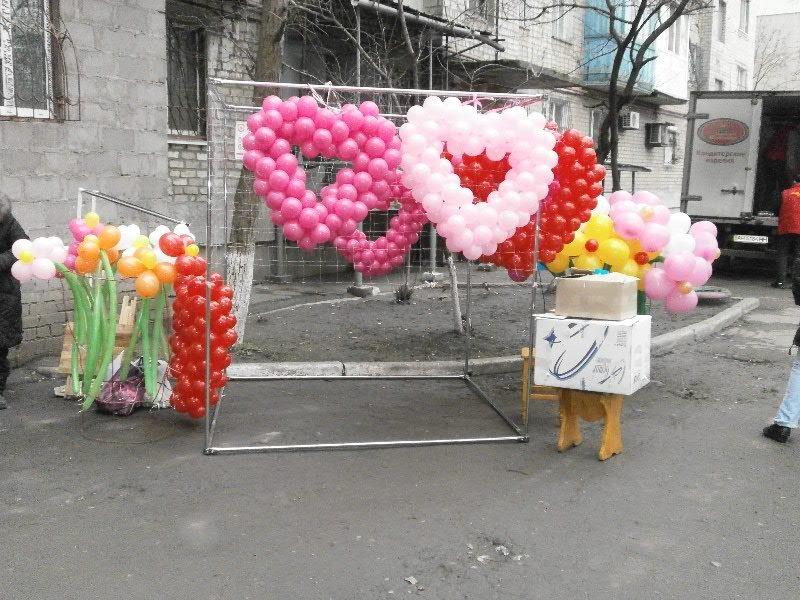 Мариуполь празднует День Святого Валентина: хиты продаж - валентинки, кофейные деревья и контрабандные первоцветы (ФОТО), фото-5