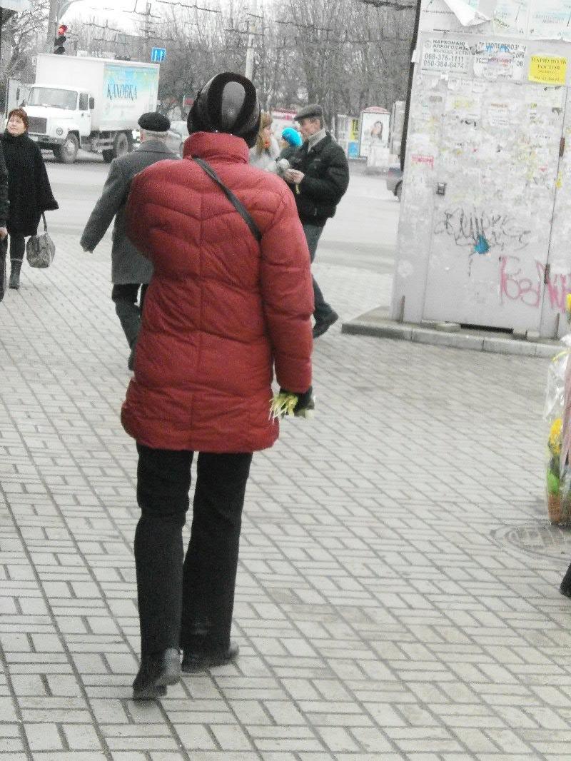 Мариуполь празднует День Святого Валентина: хиты продаж - валентинки, кофейные деревья и контрабандные первоцветы (ФОТО), фото-2