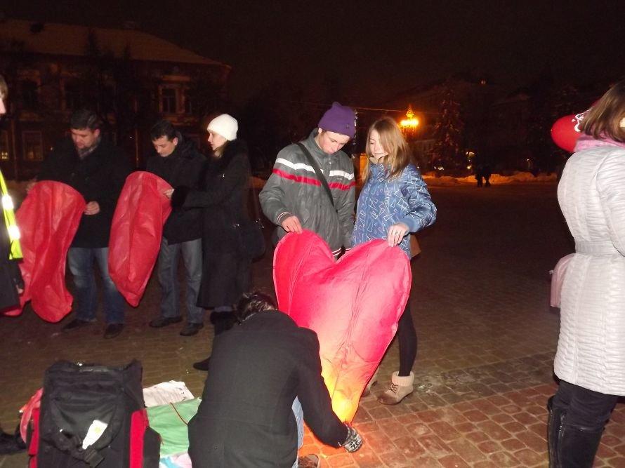 Тернополяни запалили свічки у небі – запуск ліхтариків на Театральному майдані (фото, відео), фото-15