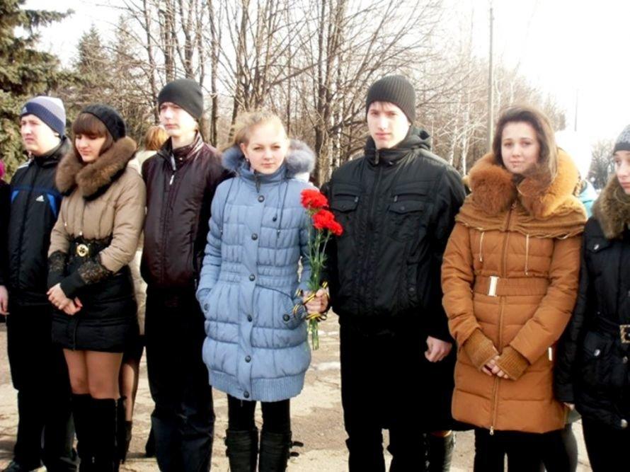 Енакиевцы почтили память воинов-интернационалистов фото1