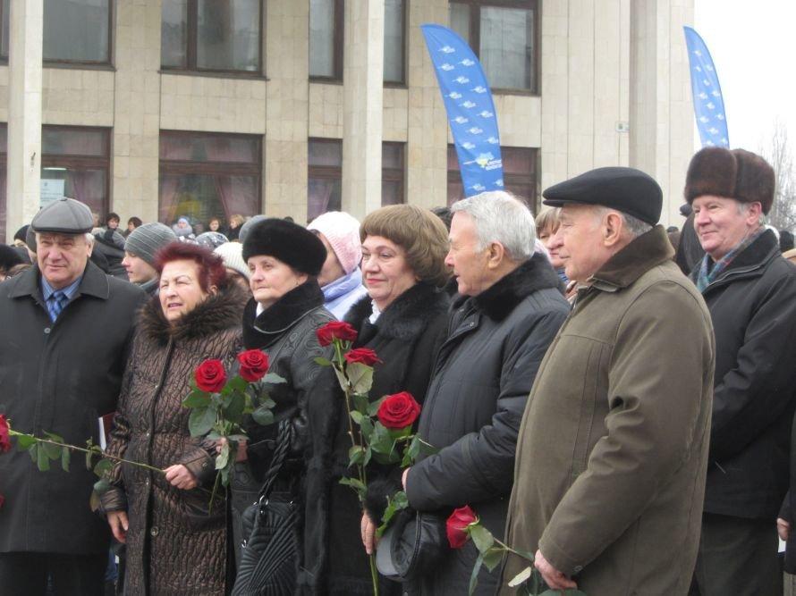 На Днепропетровщине вице-премьер, губернатор и глава облсовета почтили память великого сына области, Владимира Щербицкого (ФОТОРЕПОРТАЖ), фото-8