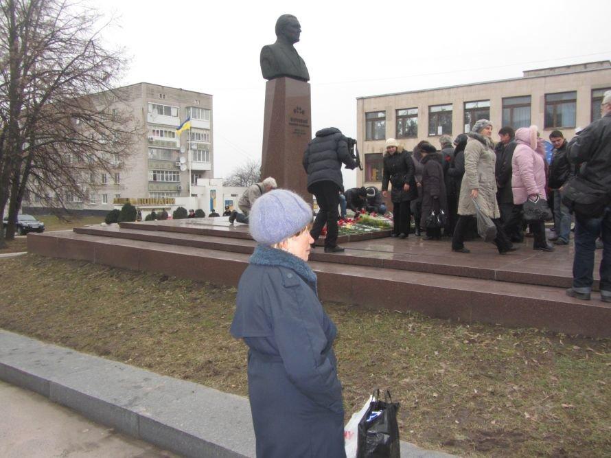 На Днепропетровщине вице-премьер, губернатор и глава облсовета почтили память великого сына области, Владимира Щербицкого (ФОТОРЕПОРТАЖ), фото-9