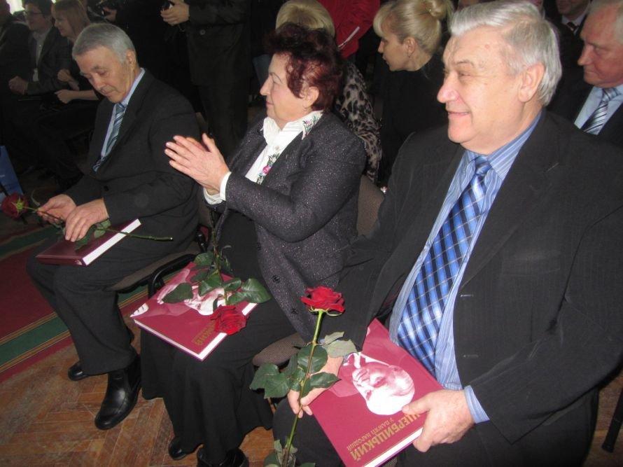 На Днепропетровщине вице-премьер, губернатор и глава облсовета почтили память великого сына области, Владимира Щербицкого (ФОТОРЕПОРТАЖ), фото-7
