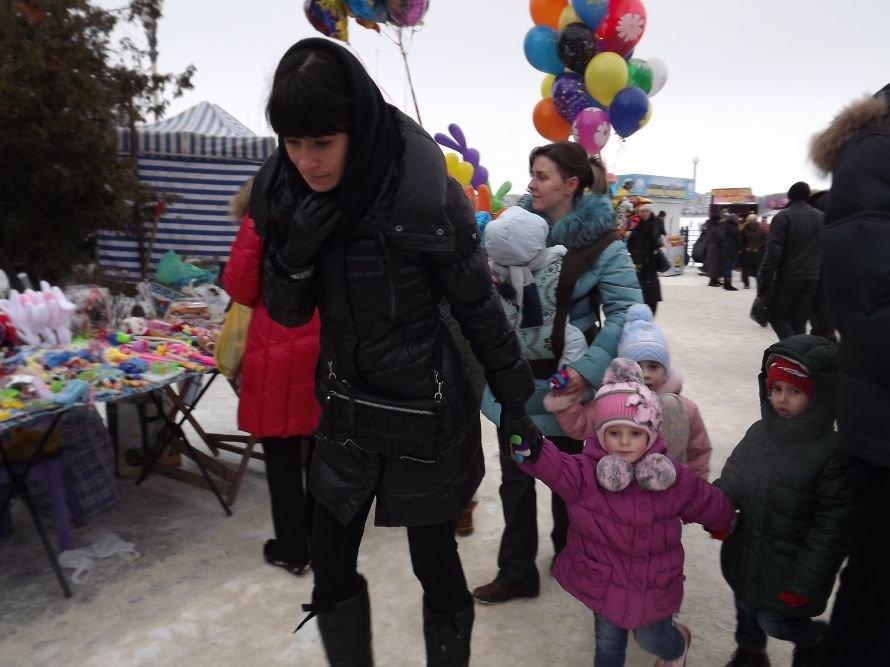 На Святі зими у Тернополі квадроцикл перевернувся на очах у дітей (відео, фоторепортаж), фото-11