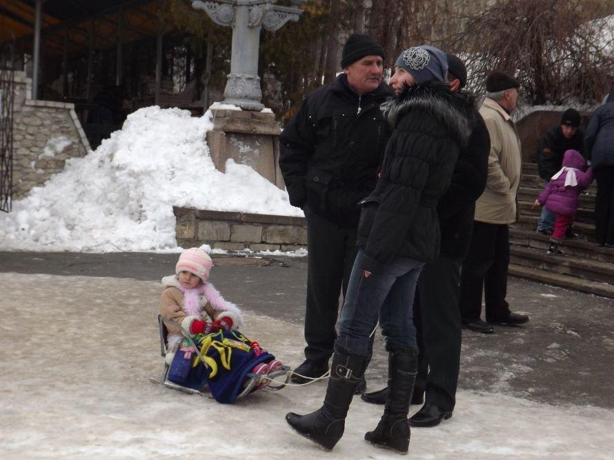 На Святі зими у Тернополі квадроцикл перевернувся на очах у дітей (відео, фоторепортаж), фото-4