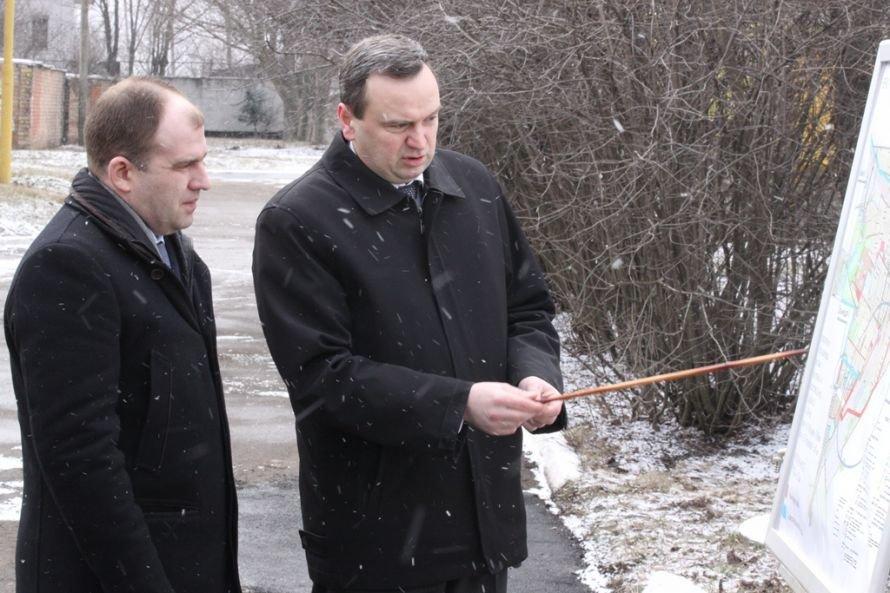 Днепропетровский губернатор напоил синельниковцев водой (ФОТО), фото-2