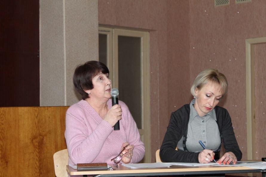 Артемовские студенты считают, что в нашем обществе процветает социальная несправедливость, фото-1