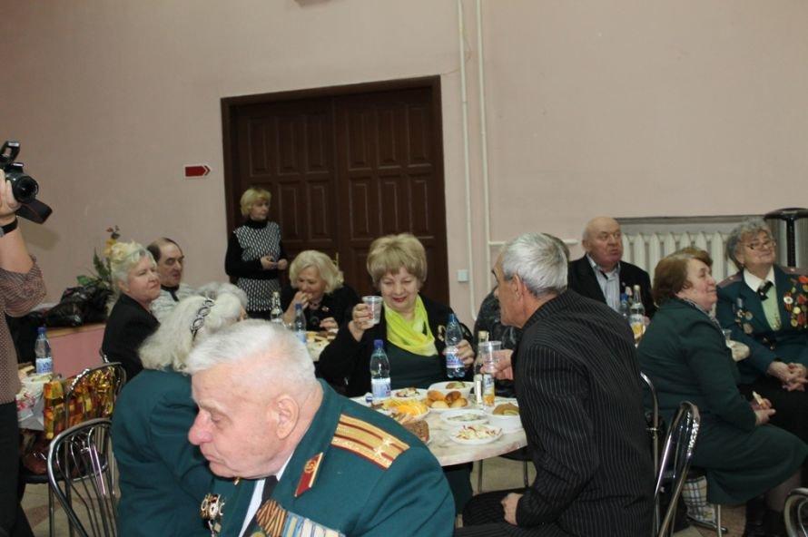 Артемовские ветераны жалеют рядовых пенсионеров, фото-7