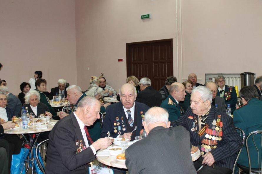 Артемовские ветераны жалеют рядовых пенсионеров, фото-8
