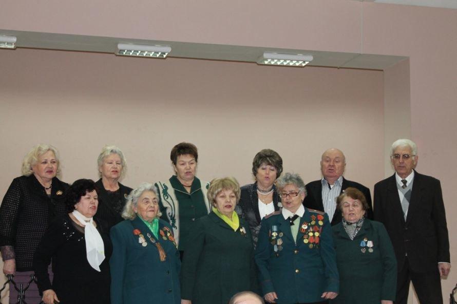 Артемовские ветераны жалеют рядовых пенсионеров, фото-2