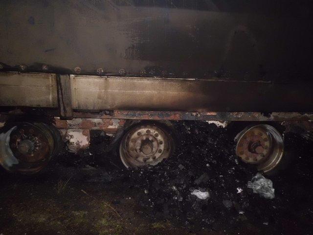 В Херсонской области горел грузовик (ФОТО), фото-1