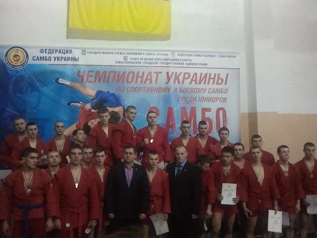Два «серебра» и «бронза» - ялтинские борцы помогли своей сборной занять второе место, фото-1