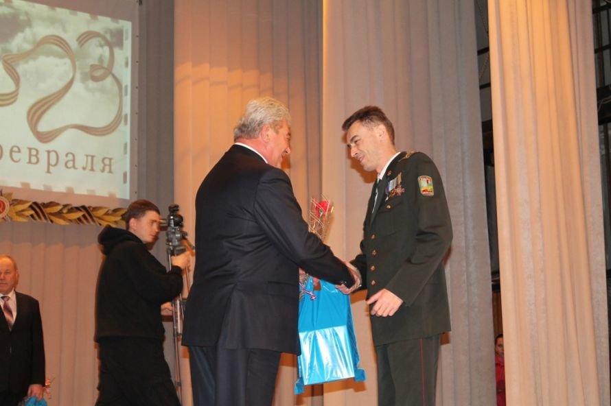 В Артемовске ветеранов и военнослужащих поздравили с 23-м февраля, фото-6