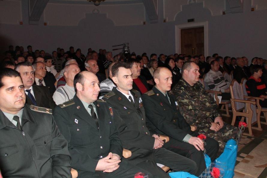 В Артемовске ветеранов и военнослужащих поздравили с 23-м февраля, фото-2