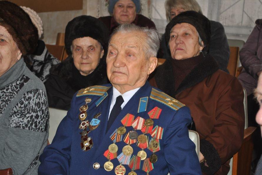 Союз ветеранов войны Жовтневого района поздравили с праздником защитника Отечества, фото-1