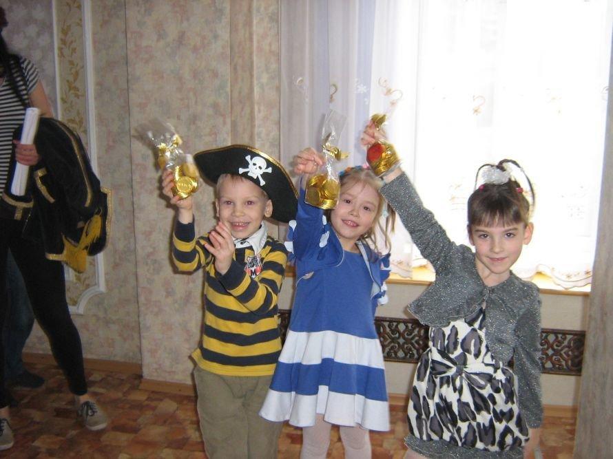 Днепропетровские студенты встретились с сиротами (ФОТО), фото-1