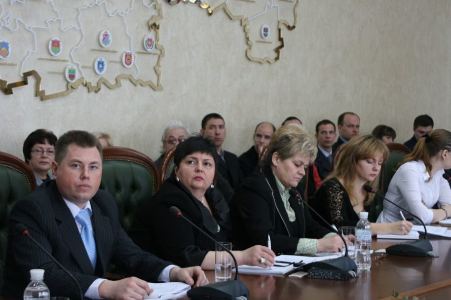 Днепропетровские власти вместе с общественниками думали, как им вместе работать (ФОТО), фото-2