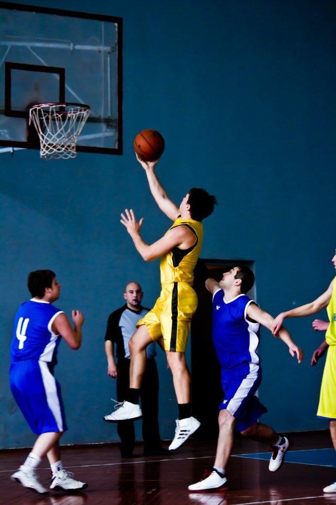 На чемпионате Артемовска по баскетболу блистали иногородние, фото-1