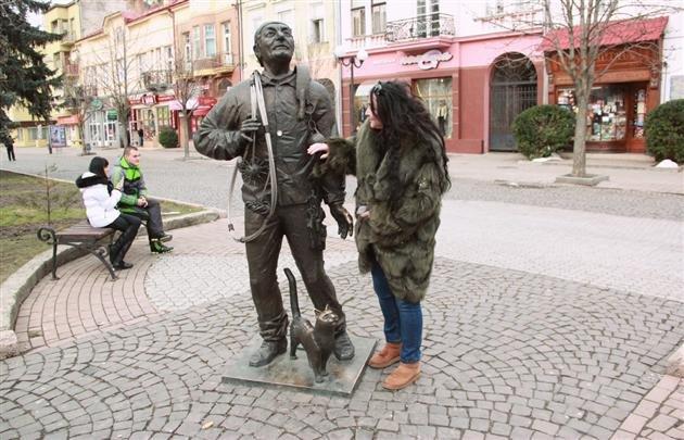 Замість Тернополя Лоліта навідалася в Мукачево та прогулялася містом (фото), фото-1