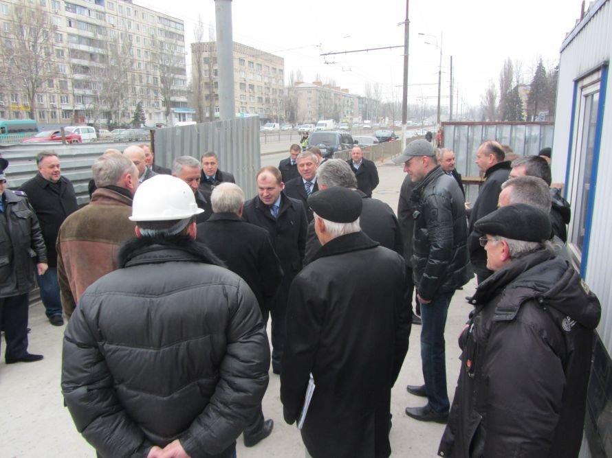 В Днепропетровске на проспекте Правды через полгода появится новый надземный пешеходный переход (Фото), фото-1