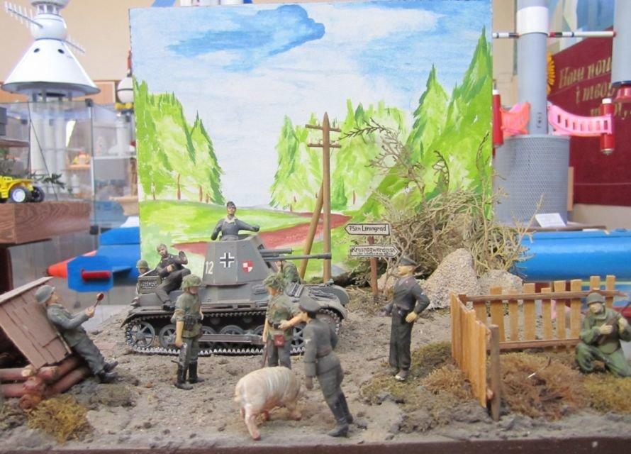 В Кривом Роге разрабатывают модели танков, подводных лодок и военных самолетов (ФОТО), фото-5