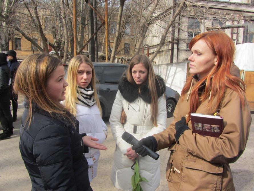 В Днепропетровске попрощались с погибшим студентом-медиком (Обновлено), фото-3