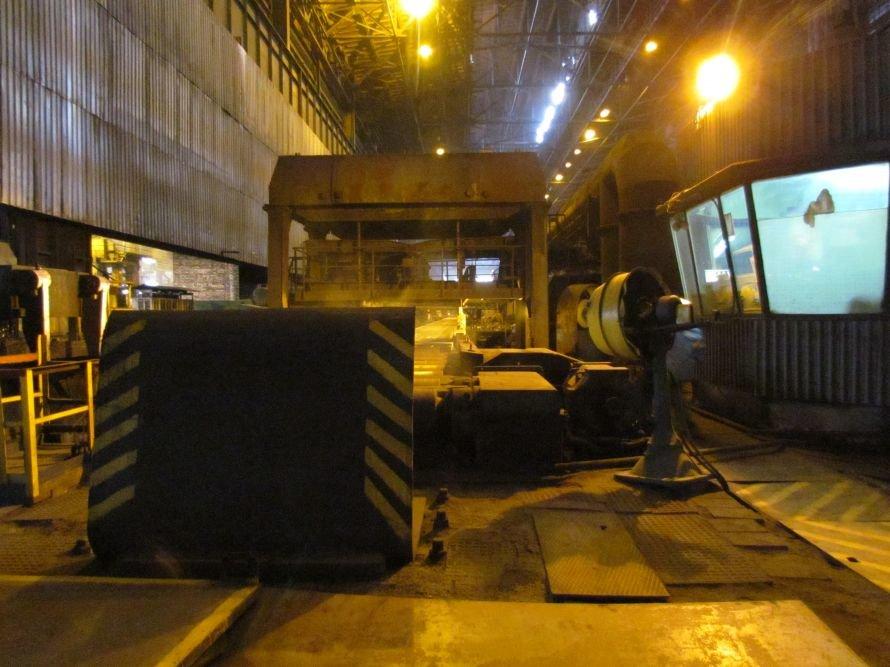 В Мариуполе губернатора Донетчины завезли на законсервированную аглофабрику (ФОТО), фото-5