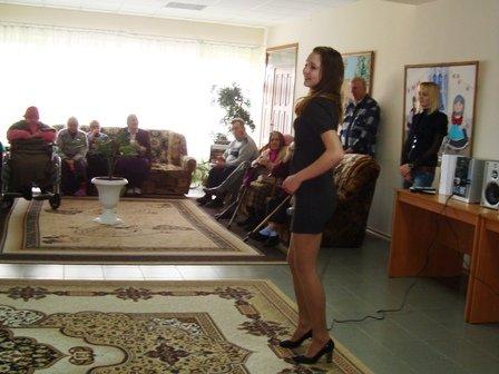 Творческие коллективы ДК «Кондратьевский» поздравили пожилых постоялиц Дома-интерната, фото-2