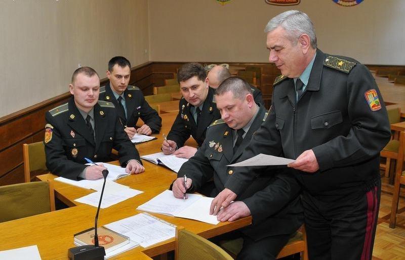 Збори у військкоматі 1