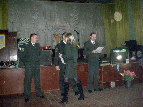 Сотрудницы  Калининской исправительной колонии №27 принимали поздравления в честь праздника 8 марта, фото-2