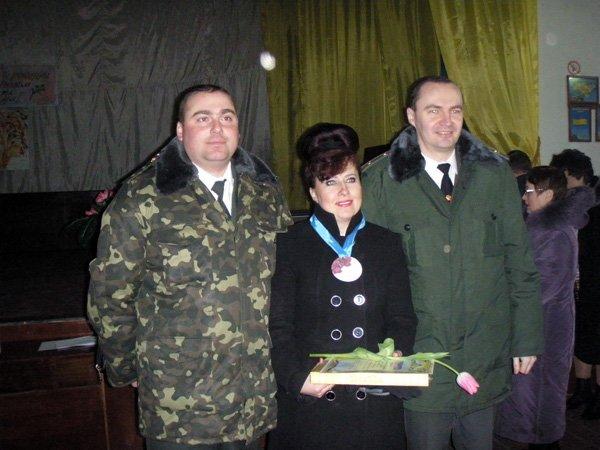 Сотрудницы  Калининской исправительной колонии №27 принимали поздравления в честь праздника 8 марта, фото-3