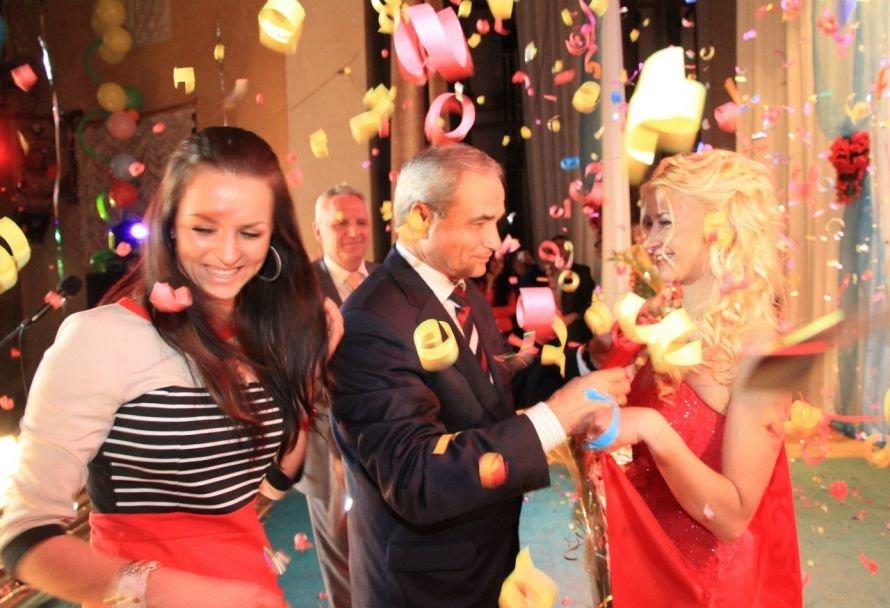 В Кривом Роге на конкурсе красоты победила сотрудница шахты «Родина» (ФОТО), фото-1