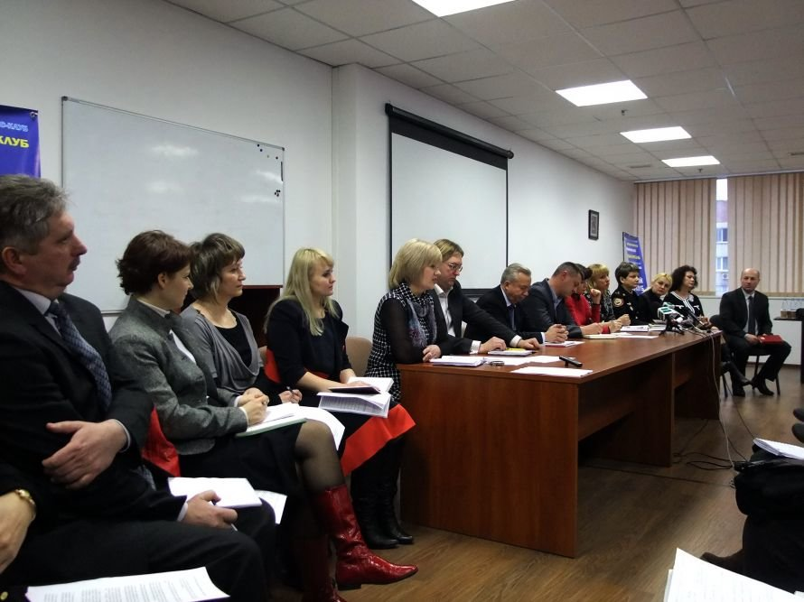 Мэр Донецка: Я не знаю, откуда, но мой мобильный телефон знает практически вся Украина`(фото), фото-2