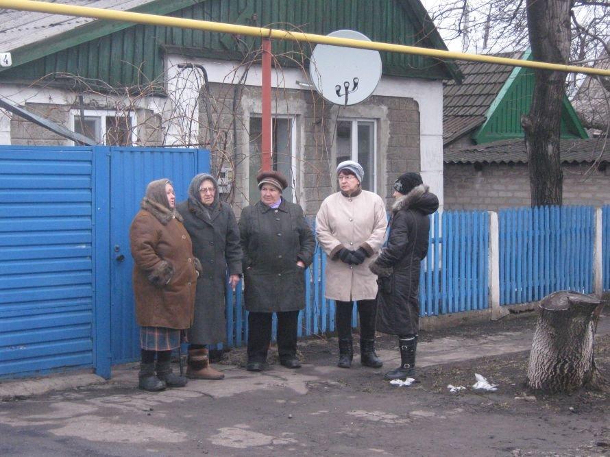 В Красноармейске до смерти избили одиннадцатиклассника  и его мать-медсестру, фото-1
