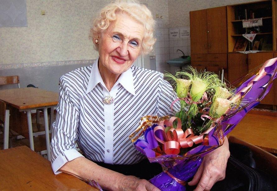 Памяти одной из самых известных учительниц Артемовска - Нины Нугаевой, фото-1