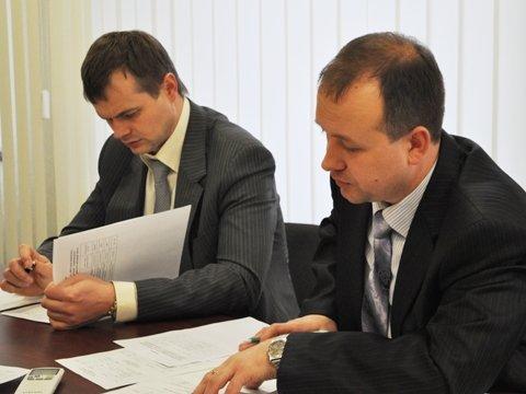 У мэра в кабинете решали: где и когда в Горловке будут ремонтировать дороги, фото-1